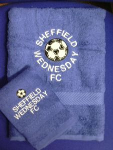 PERSONALISED SHEFFIELD WEDNESDAY FC TOWEL SET - FOOTBALL